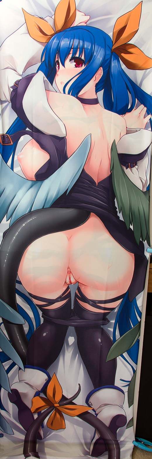 Dizzy Dakimakura Review