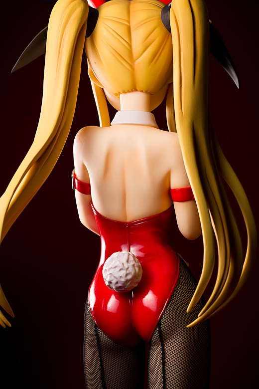Fate T. Harlaown Magical Lyrical Girl Nanoha StrikerS Figure Review