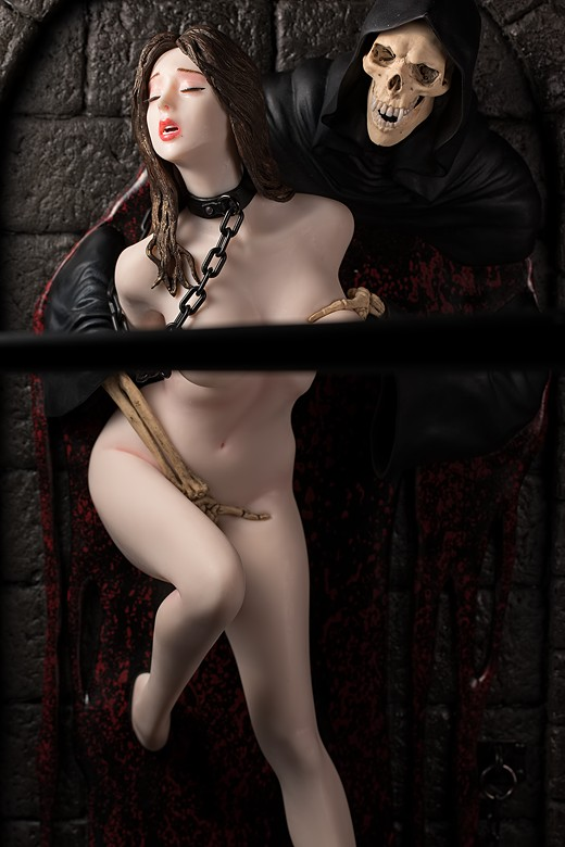 Hell Seducer from the Shungo Yazawa Original Figure Series