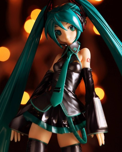 Max Factory Miku Hatsune from Vocaloid Figure Review