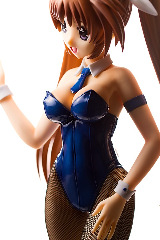 Nanoha Takamachi Figure Review