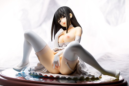 Ai Saeki figure