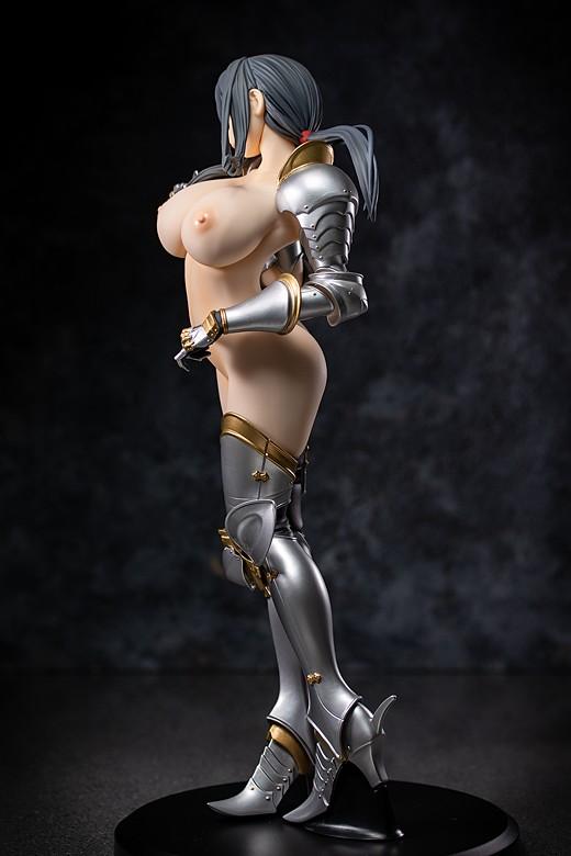 Ayako Hiiragi figure