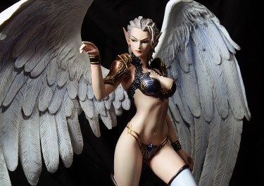 E2046 Magician Caroline from Lineage II Review