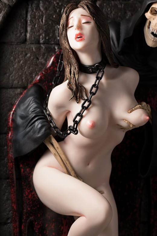 Hell Seducer figure