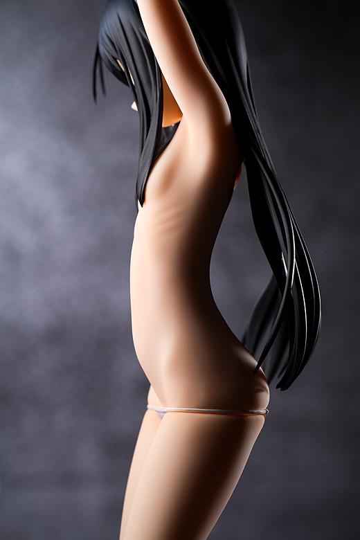 Kuroyukihime figure by Max Factory
