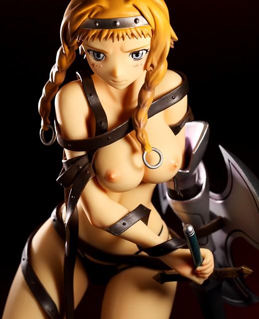 Daiki Kougyou Leina from Queen's Blade Figure Review
