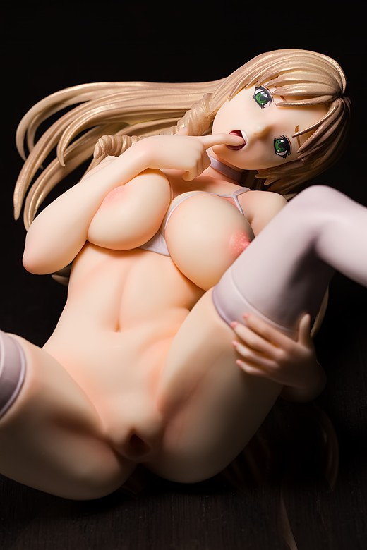 Rika Shiraki figure by Dragon Toy