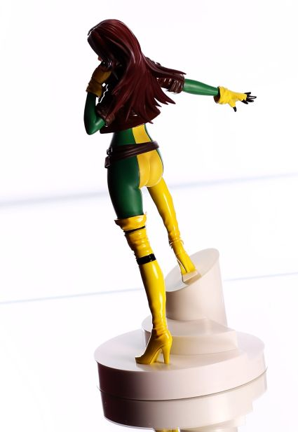 Kotobukiya Marvel Bishoujo Rogue from the X-Men Review