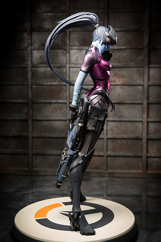 Widowmaker figure