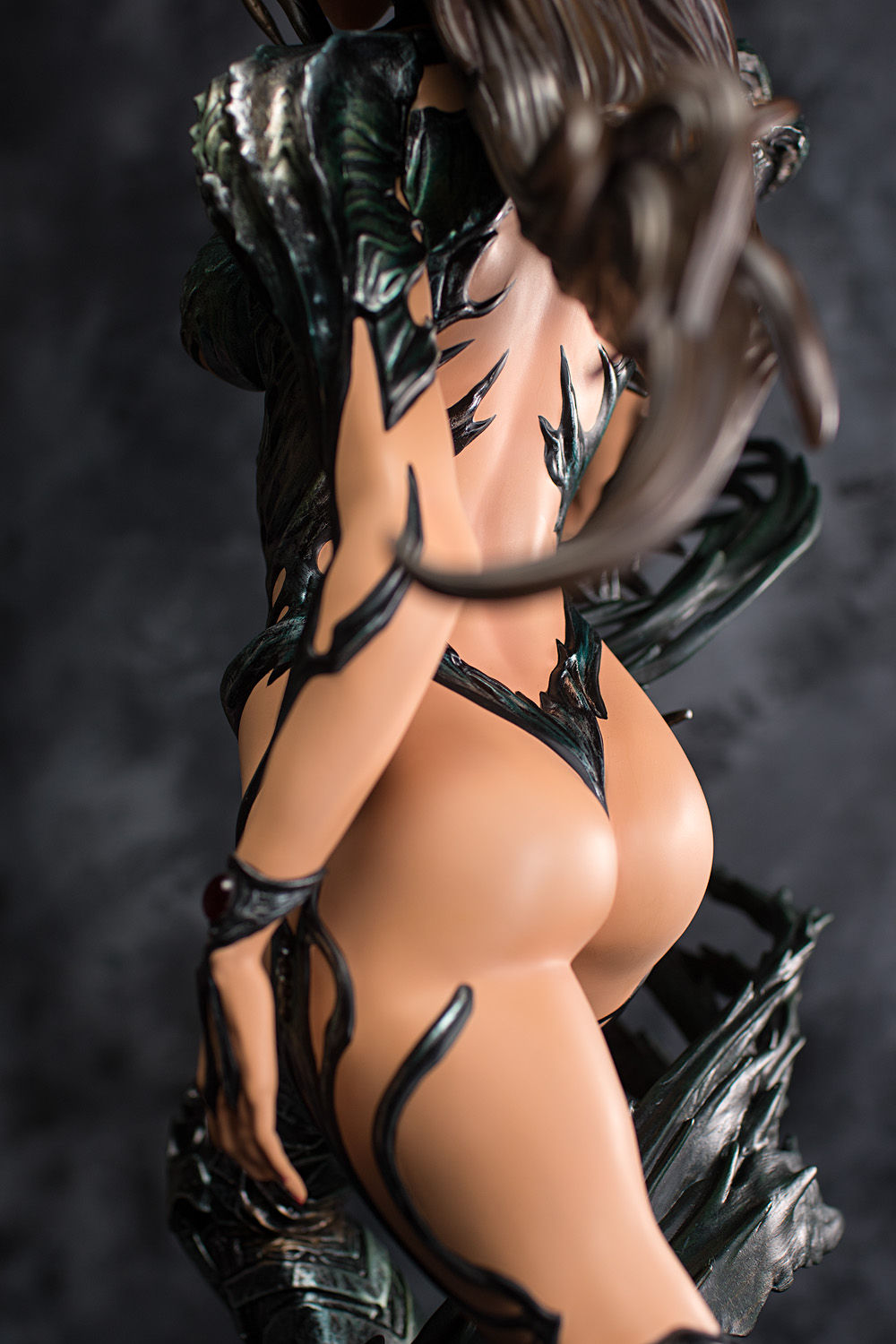 witchblade-figure-naked