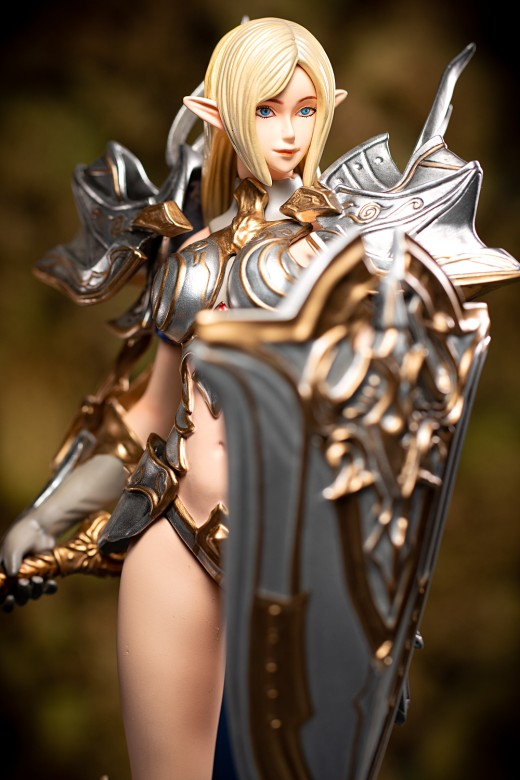 Figure of Charlize from Lineage 2: Revolution